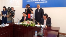 Ký kết thỏa thuận hợp tác thúc đẩy sáng tạo khoa học công nghệ tại Việt Nam