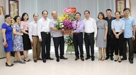 Thứ trưởng Lê Tấn Dũng chúc mừng Tạp chí Lao động và Xã hội nhân Ngày Báo chí cách mạng Việt Nam