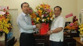 Văn phòng Bộ tại TPHCM cùng các cơ quan, đơn vị chúc mừng Văn phòng Đại diện Tạp chí LĐ&XH nhân ngày 21/6