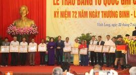 Trao tặng Bằng Tổ quốc ghi công cho 72 thân nhân liệt sĩ tại tỉnh Vĩnh Long