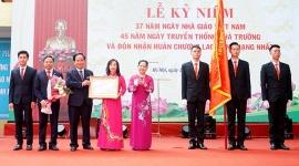 Trường Cao đẳng nghề Công nghiệp Hà Nội đón nhận Huân chương Lao động hạng Nhất
