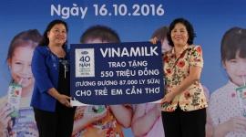 Quỹ sữa Vươn cao Việt Nam và hành trình 12 năm trao tặng 35 triệu ly sữa cho trẻ em khó khăn