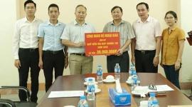 Công đoàn Bộ Ngoại giao ủng hộ Quỹ đền ơn đáp nghĩa Trung ương
