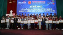 Thứ trưởng Lê Tấn Dũng trao tặng Huy chương Vàng cho 30 thí sinh có kỹ năng nghề đỉnh cao