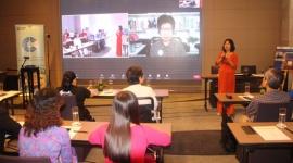 Aus4skills trao chứng chỉ cho 14 học viên lớp thúc đẩy, trao quyền và lãnh đạo cho phụ nữ