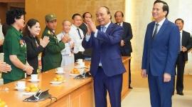 Thủ tướng Chính phủ gặp mặt 50 tấm gương tiêu biểu vì cộng đồng