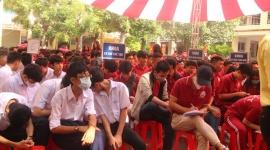 TP.HCM: Học sinh, sinh viên đi học đi học trở lại từ 1/3