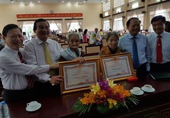 TPHCM: Phong tặng và truy tặng cho 30 Bà Mẹ Việt Nam Anh hùng