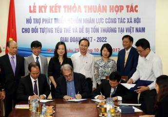 Strengthening cooperation on the development of human resources for social work in Vietnam