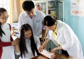 Tỉnh Đắk Lắk nỗ lực vận động 100% học sinh, sinh viên tham gia bảo hiểm y tế