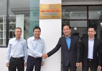 """Habeco khánh thành """"Dự án nghiên cứu và phát triển sản phẩm"""" và  gắn biển công trình Chào mừng Đại hội Công đoàn Công Thương Việt Nam lần thứ III"""
