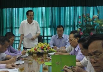 """Bộ trưởng Đào Ngọc Dung: """"Tập trung giải quyết căn bản những hồ sơ thanh niên xung phong tồn đọng""""."""