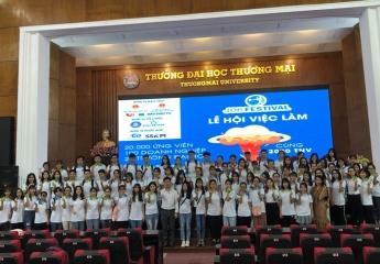 Hơn 2000 tình nguyện viên sẵn sàng phục vụ Lễ hội việc làm Job Festival