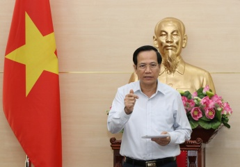 """Minister Dao Ngoc Dung: """"The Labor Code will pave the way for a healthy and integrated labor market"""""""