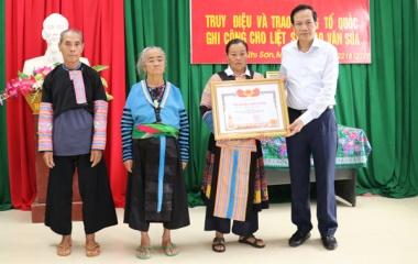 Bộ trưởng Đào Ngọc Dung: Học tập và lan tỏa tấm gương hy sinh vì dân của liệt sỹ Thao Văn Súa