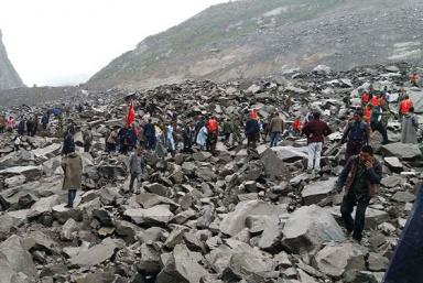 Lở đất kinh hoàng tại Trung Quốc, trên 100 người chết và mất tích