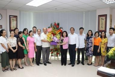 Thứ trưởng Nguyễn Thị Hà chúc mừng Tạp chí Lao động và Xã hội nhân dịp kỷ niệm 93 năm Ngày Báo chí cách mạng Việt Nam