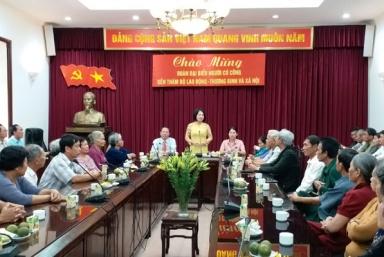 Đoàn đại biểu người có công Đồng Nai thăm Bộ Lao động-Thương binh và Xã hội