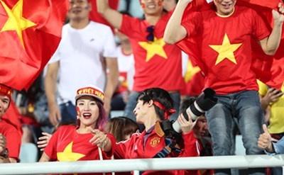 CĐV Việt Nam gây ấn tượng mạnh U20 World Cup