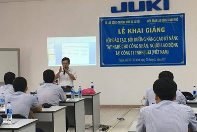 Khai giảng lớp đào tạo,bồi dưỡng nâng cao kỹ năng tay nghề cho công nhân, người lao động