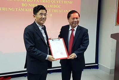 Thứ trưởng Lê Tấn Dũng trao Quyết định bổ nhiệm Giám đốc Trung tâm Kiểm định Kỹ thuật An toàn khu vực II