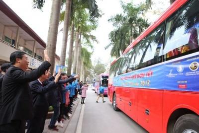 Trung ương Đoàn tiếp sức sinh viên nghèo về quê đón Tết