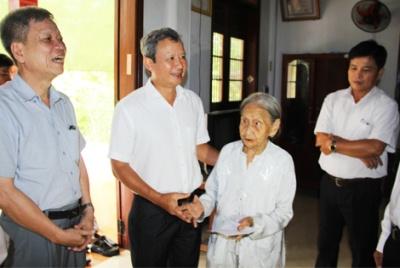 Thừa Thiên Huế: Nhiều hoạt động tri ân nhân kỷ niệm 71 năm ngày Thương binh – Liệt sĩ