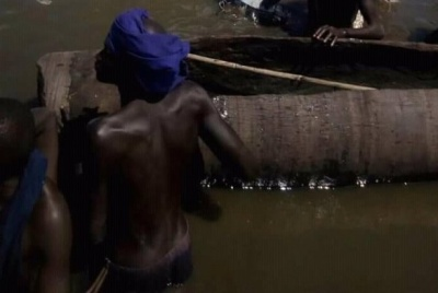 Máy bay rơi ở Nam Sudan, hàng chục người chết