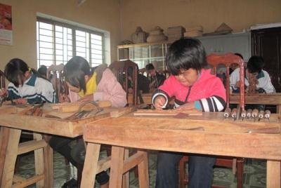 Nam Định: Tăng cường gắn kết cơ sở đào tạo nghề với doanh nghiệp