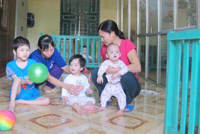 Công tác chăm sóc trẻ em bị ảnh hưởng bởi HIV/AIDS ở Phú Thọ