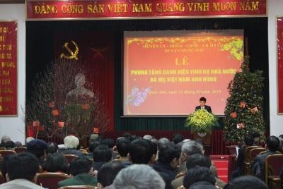 Huyện Quốc Oai long trọng tổ chức Lễ phong tặng Bà mẹ Việt Nam anh hùng