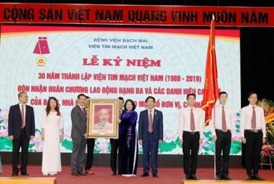 Viện Tim mạch Việt Nam kỷ niệm 30 năm thành lập và đón nhận Huân chương Lao động Hạng Ba