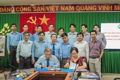 Trường Đại học Sư phạm Kỹ thuật Vĩnh Long ký Hợp tác đào tạo với Trường Cao đẳng Cộng đồng Đồng Tháp