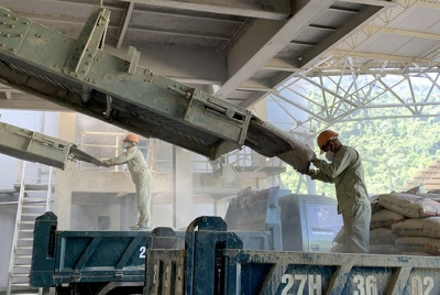 Chú trọng công tác an toàn vệ sinh lao động, phòng chống bệnh nghề nghiệp