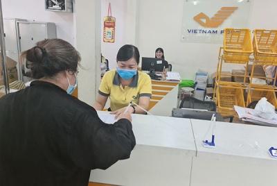 TP.HCM: Chi trả lương hưu tháng 3, tháng 4 vào cùng  một kỳ qua hệ thống bưu điện