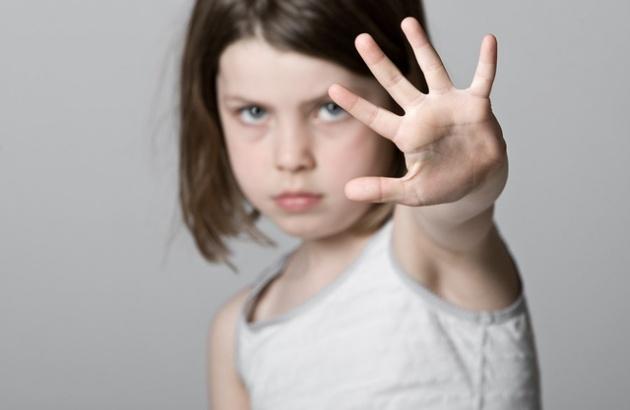Dạy con cách phòng tránh xâm hại tình dục: Những điều cha mẹ nên biết
